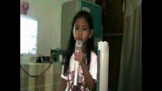 Daniela sings Pasulyap sulyap by Tootsie Guevarra