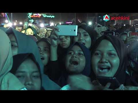 Suasana Konser Nissa Sabyan di Banda Aceh, Laki-laki dan Perempuan Dipisahkan