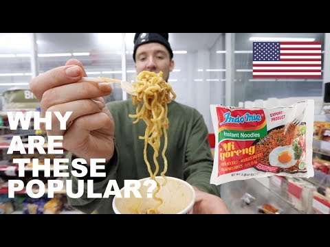 FIRST TIME EATING INDOMIE GORENG!! (Famous Indonesian Noodles)