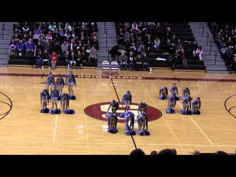 Little Chute Middle School Dance Team Chute-ing Stars Pom Champions