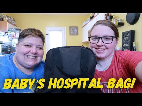 OUR BABY'S HOSPITAL BAG! WHAT'S INSIDE? (16 days!)