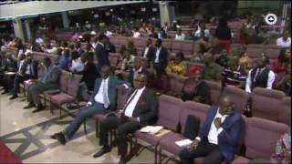 Pastor runs away during church service