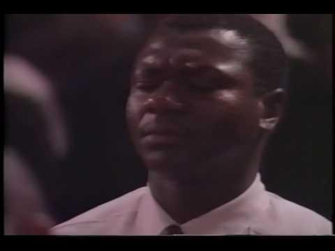 Fred Hammond Bringing men to Christ in 1994