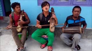 Aakasaima Chil Hoki Besara by Jhapali Gaine