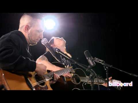 Alter Bridge's Myles Kennedy & Mark Tremonti - 'Rise Today' LIVE at Billboard