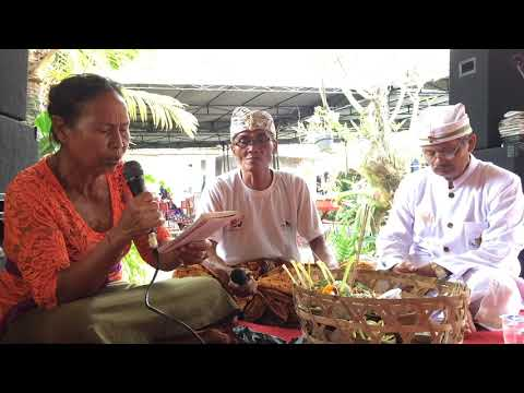 Pupuh Sinom Bahasa Bali Indik Dewa Yadnya