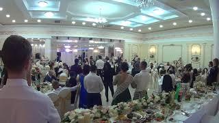 24# Свадьба Молдова Кагул   Жена паёт для мужа