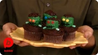 Frankenstein Monster Cupcakes | Halloween | Babble