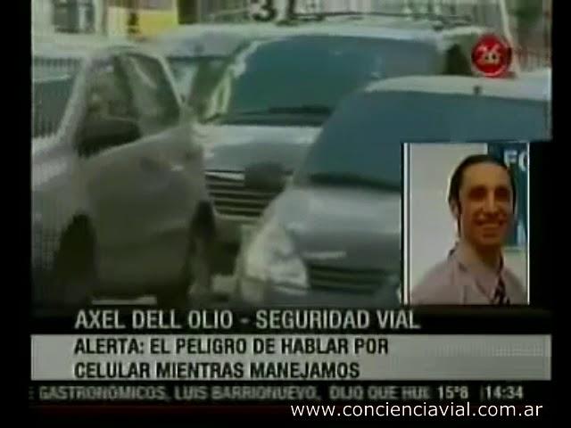 2012 - Canal 26 - Distracciones al volante celular, cigarrillo, mate
