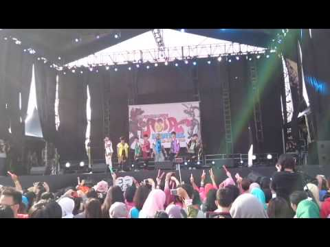 Bullet Train - Starlight Feat Ultraman Ginga at Countdown Asia Jakarta 2015