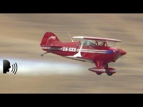 Aerobatic Displays - Pitts, Giles and Edge