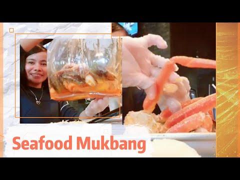 Seafood Mukbang In Boiling Crawfish At Jacksonville, Florida