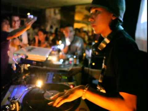 Dj Supreme Fist live@M-Cafe