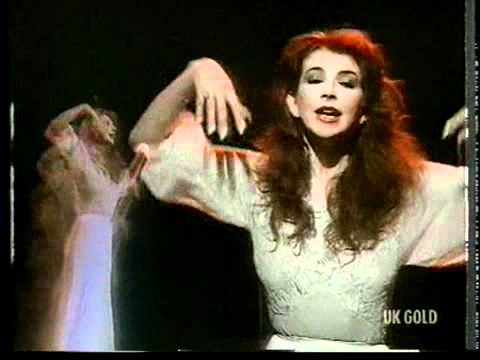 Wuthering Heights [White Dress] - Kate Bush