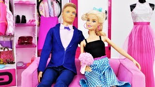 Barbie and Ken on a date. Barbie hairstyles & Barbie makeup.