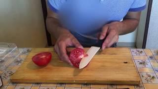 Как порезать помидоры на салат