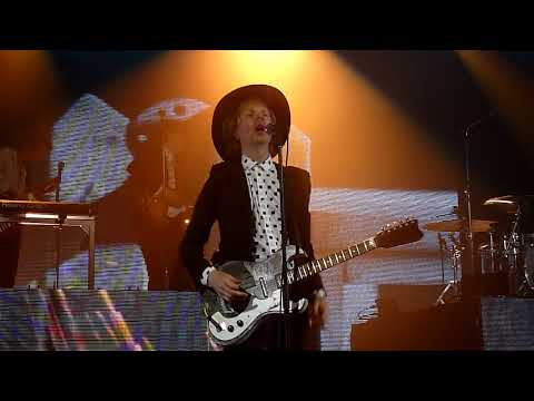 Beck  Dear Life @ Bournemouth International Centre, 28 May 2018
