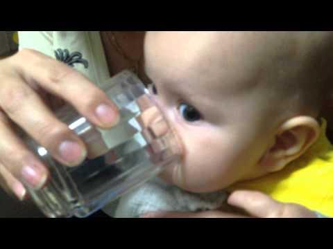 Марик первый раз пьет...