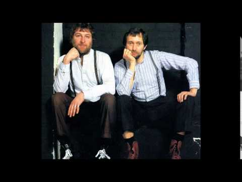 Chas & Dave - Give It Gavotte