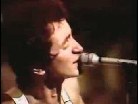 acdc-baby-please-don't-go,-live-1975.wmv
