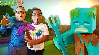 ZZ Kids TV Clean Your Room or No Minecraft! (Mattel Minecraft Comic Maker Action Figures)