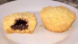 Кексы с начинкой внутри. Кексы в силиконовых формах рецепты. Кексы в духовке без молока.