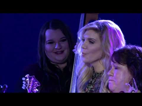 Alison Krauss and the Cox Family Perform for Patient Safety Movement Foundation