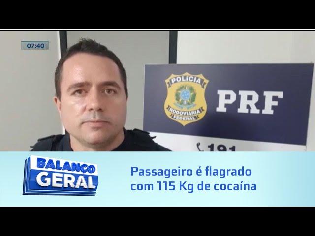 Passageiro é flagrado com 115 Kg de cocaína
