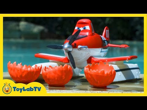Planes Fire and Rescue Scoop & Spray Firefighter Dusty Toy Opening