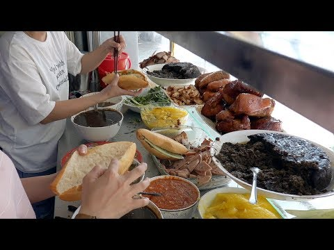 BEST Banh Mi Vietnamese Sandwich in Hoi An, Madam Khanh the Banh Mi Queen – Vietnam Street Food