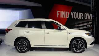 Mitsubishi Outlander PHEV now for real due in 'late summer, early fall'
