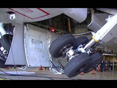 Boeing 757 Landing Gear Demonstration Detailed Gear Swing