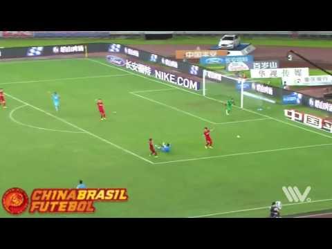 Gol Benjamin Moukandjo - Chongqing Lifan x Jiangsu Suning - 19a rodada da Super Liga da China