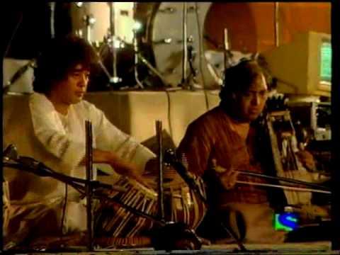 tabla solo- Zakir Hussain, Fazal Qureshi and Sultan Khan