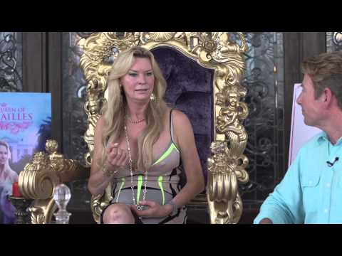 "Front Porch Chat, Jacqueline Siegel - ""The Queen of Versailles"""