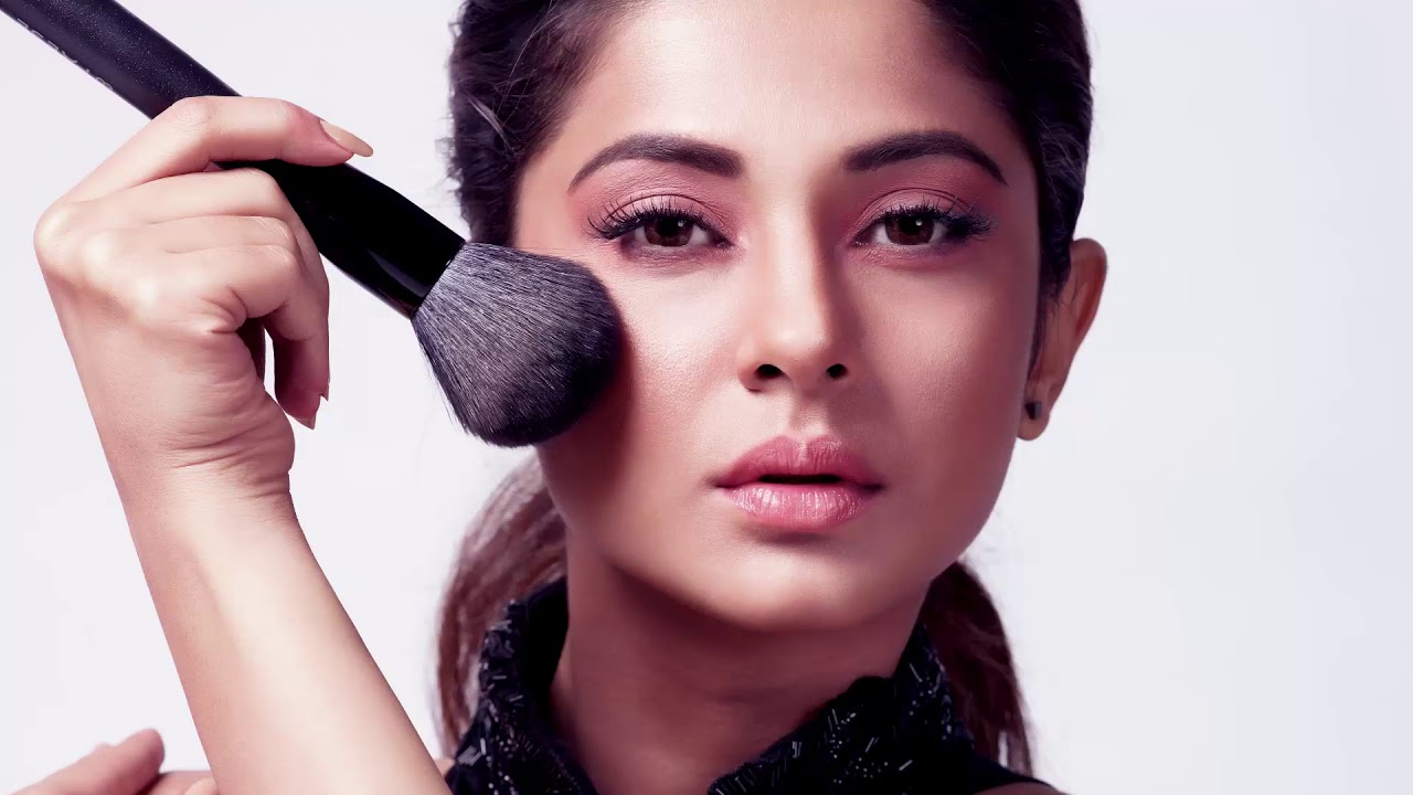 First Look of Jennifer Winget with Paese Cosmetics India ...