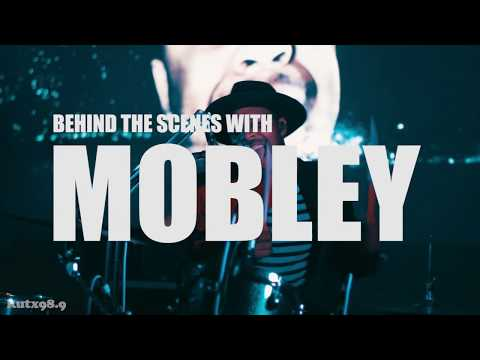 Behind the Scenes with Mobley: KUTX Artist of the Month