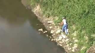 اقوى صيد الاسماك بالنبال السهام الرمي الصيد البحري خطير جدا