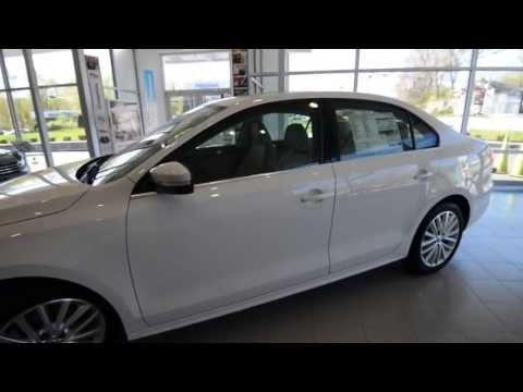 2013 Volkswagen Jetta TDI Premium w/NAV OVERVIEW at Trend Motors VW in Rockaway, NJ