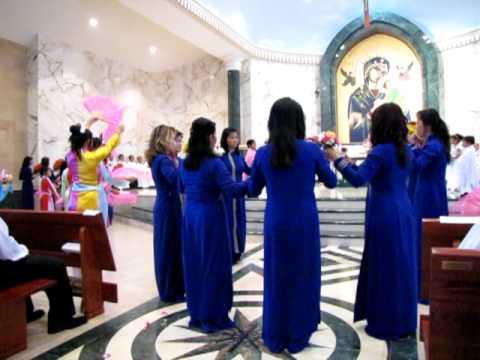Dang Hoa  Duc Me 6-27-2010  Dong Chua Cuu The (Video 2)