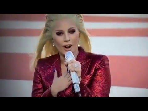 Lady Gaga emocionó a todos en el Super Bowl