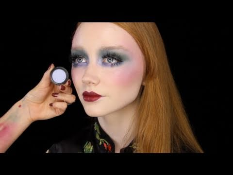 22 Styles and 70s Disco Makeup ideas and Tips 2015