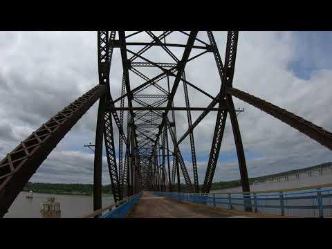 [-4k-]-old-chain-of-rocks-bridge-walk-across