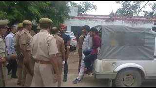ghayal and arrested samajwadi party leaders in mughalsarai 2