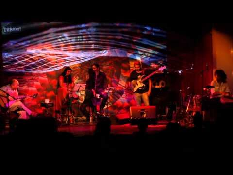 Sanjay Divecha - Guitar Duet - Live At Blue Frog, Mumbai