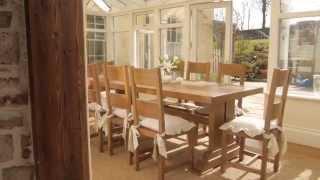 Fitzwilliam Oak Dining Table