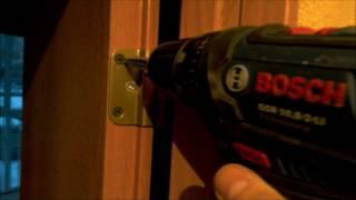 видео Демонтаж, замер, установка межкомнатных дверей