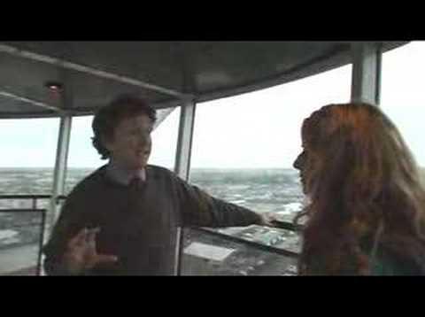 Newconsumer.tv: climbing wind turbines