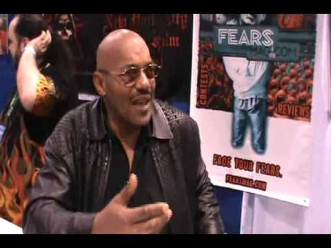 Ken Foree at ANAHEIM COMIC CON APRIL 2010