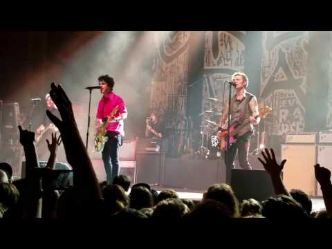 Green Day - Armatage Shanks/Stuart and the Ave/Welcome to Paradise [Live in Berkeley, CA]